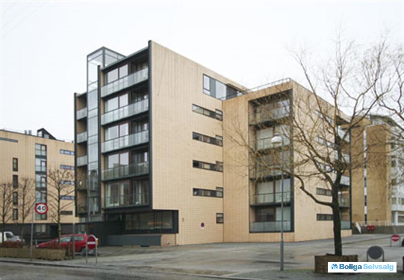 Indiakaj 7, 2. th., 2100 københavn Ø   stilren luksuslejlighed med ...