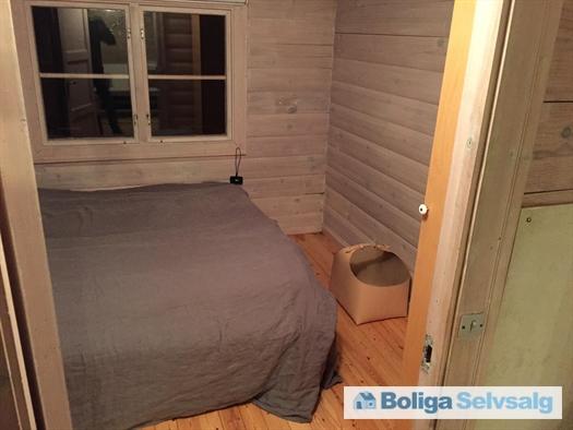 Det tredje soveværelse med dobbelt seng.