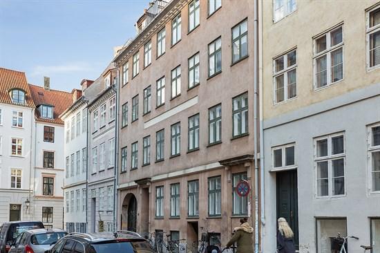 Dybensgade 22, st. th