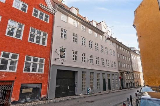 Sankt Gertruds Stræde 6B, 1.