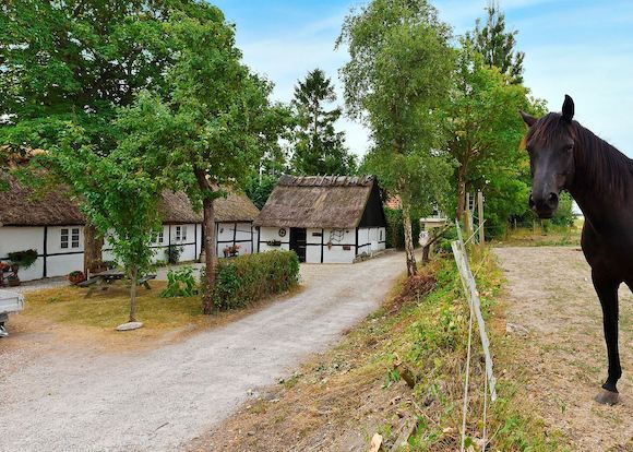 Det gamle hus ved Karlslunde blev bygget mens Frederik d. 2. var konge. Foto: Nathalie Middelbo, RobinHus
