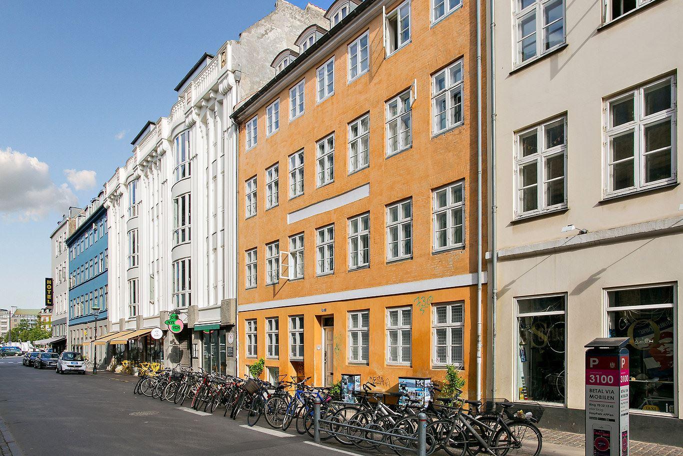 Sankt Peders Stræde 32, 2, 1453 København K