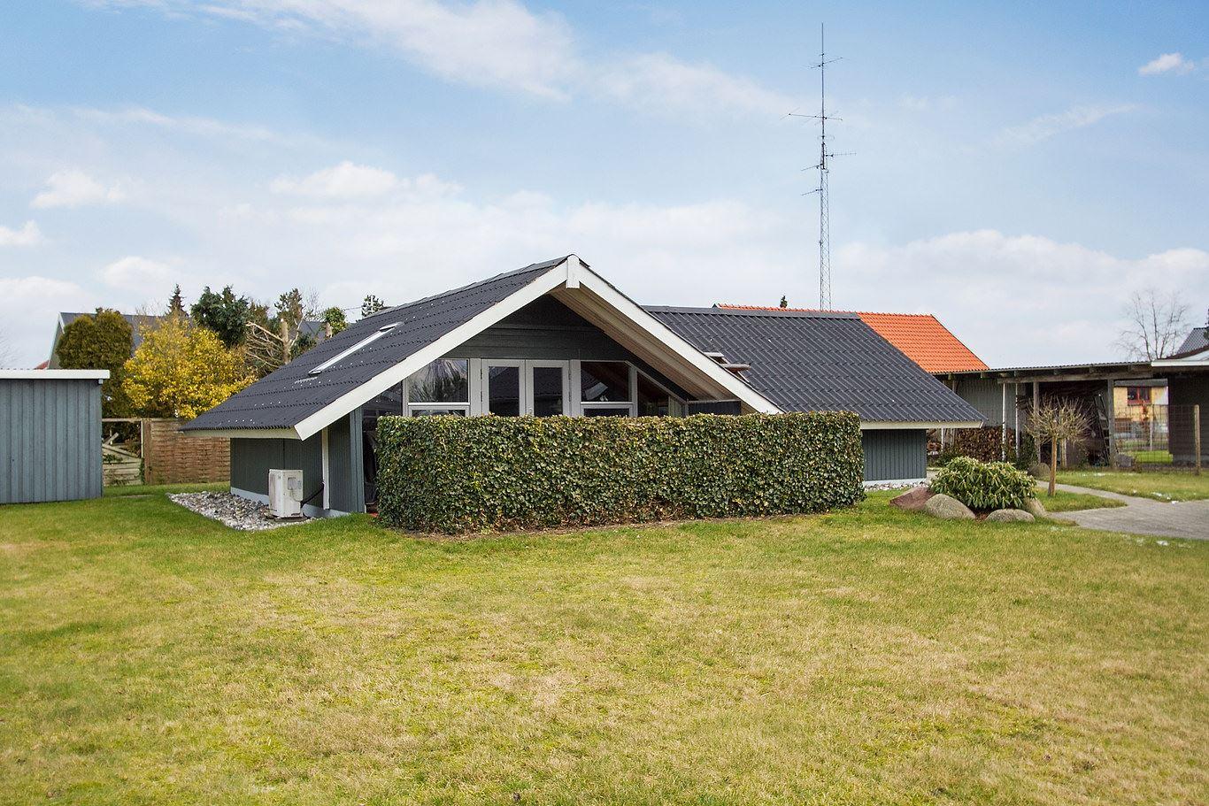 Fjordparken 12, Høll, 7080 Børkop
