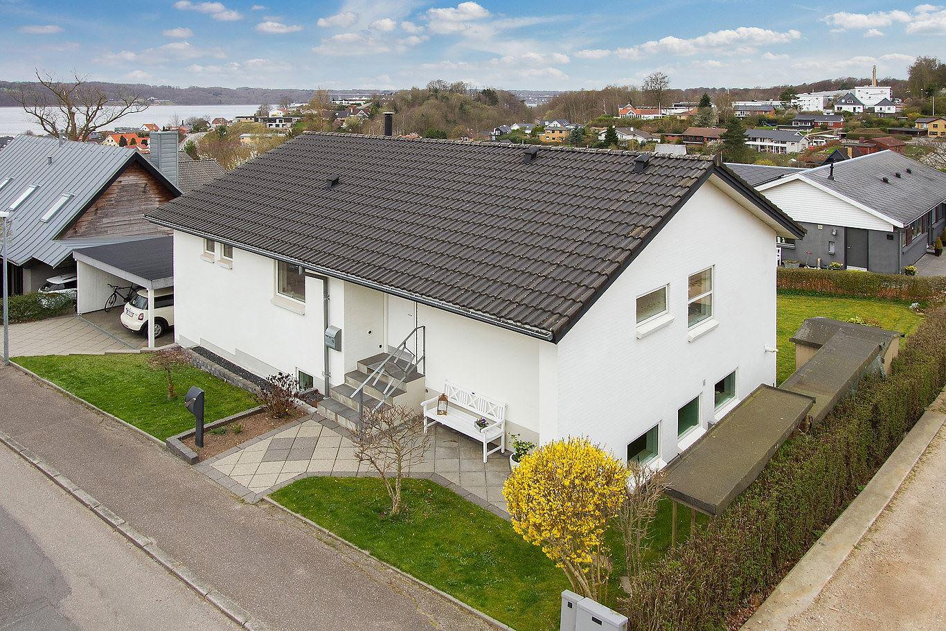 Brønsbjergvej 19, Bredballe, 7120 Vejle Øst