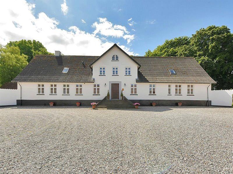 Søbyvej 17, 8570 Trustrup