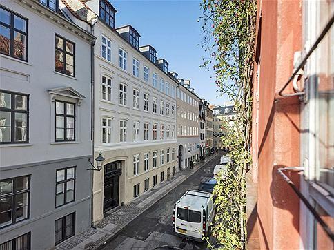 Peder Hvitfeldts Stræde 10, 1. tv., 1173 København K