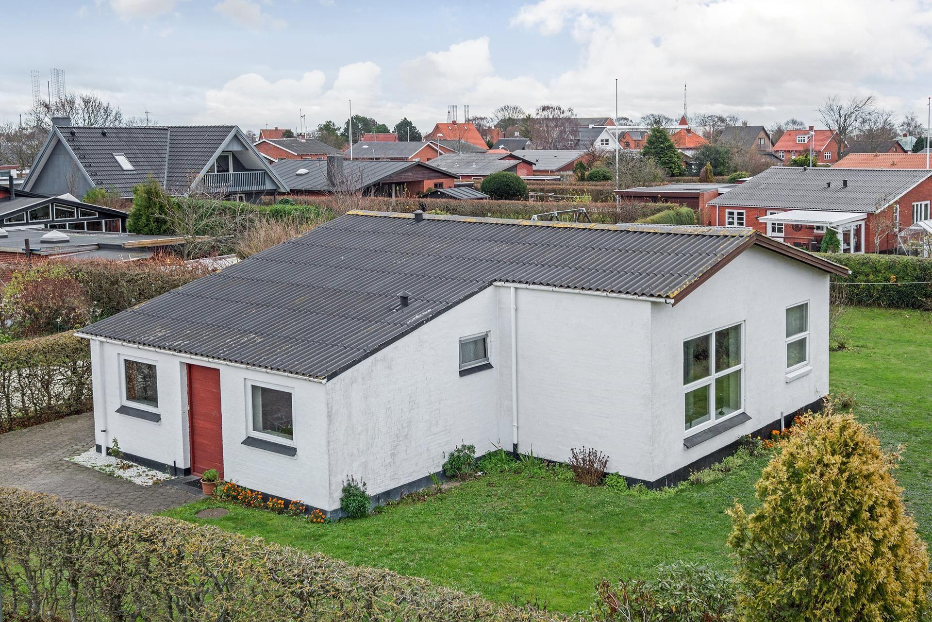 L.P. Houmøllers Vej 35, 9900 Frederikshavn