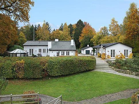 Hillerødvejen 2, 3480 Fredensborg