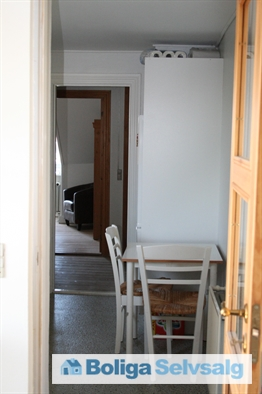 Tværgade 51, 2. th., 4800 Nykøbing F.