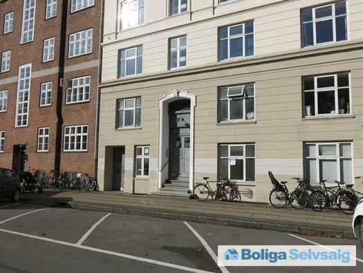 Fåborggade 11, st., 2100 København Ø